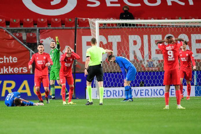 Niemand bij FC Twente begrijpt de beslissing van Pol van Boekel.