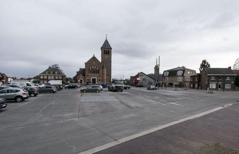 Het vernieuwde plein.
