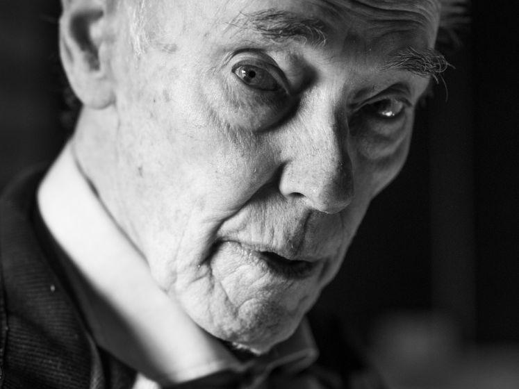 Ger de Wind (1932-2021) had achteraf liever schrijver willen worden; met zijn verhalen over de Tweede Wereldoorlog bereikte hij ook de jeugd