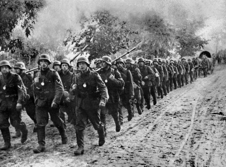 Het Duitse leger marcheert Polen binnen op 1 september 1939.  Beeld AFP