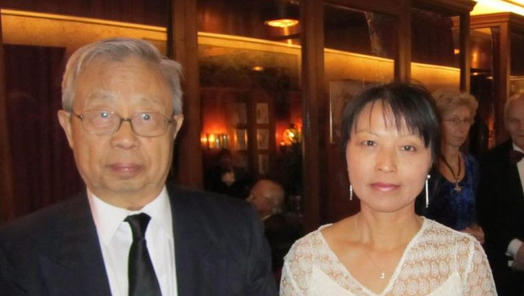 Fang Lizhi met zijn vrouw Beeld epa