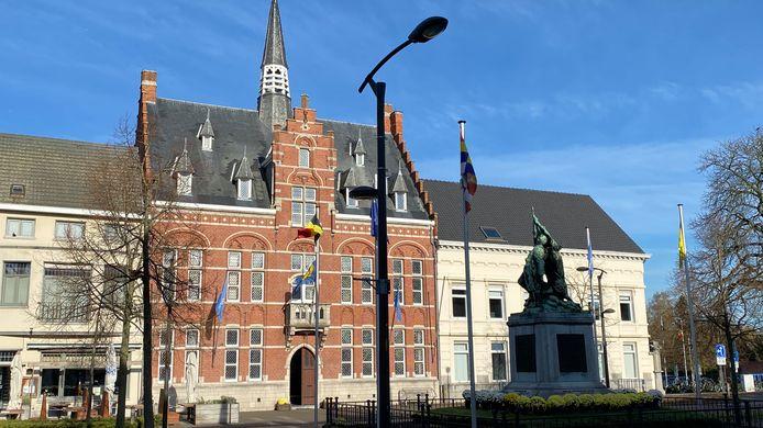 Het gemeentehuis in Arendonk