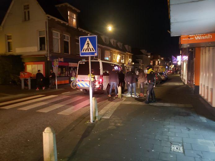 Politie is in de steden aanwezig maar het is in Deventer, Apeldoorn en Zwolle rustig.