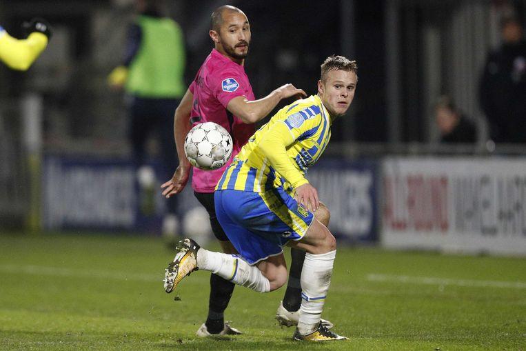 Mark van der Maarel van FC Utrecht en Lennerd Daneels of RKC Waalwijk. Beeld ANP