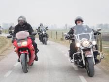 Rechtszaak gaat door nu Lopik motorverbod op Lekdijk niet intrekt