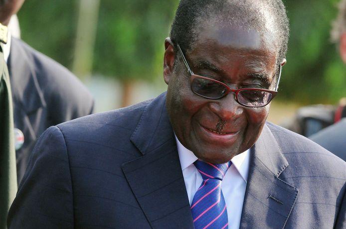 President Robert Mugabe werd onder huisarrest geplaatst.