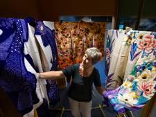 Japan en Geldrop voor even verweven door kimono-expo in Weverijmuseum