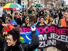 Jongens aangehouden voor homomishandeling