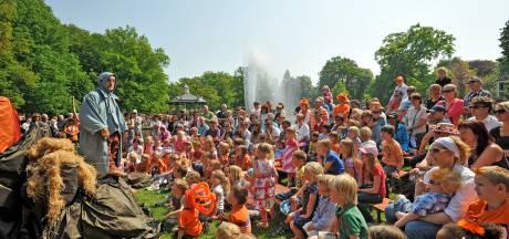 Er is dringend geld nodig voor Koningsdag in Apeldoorn, wie betaalt er mee?
