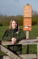 Boswachter Silvia Blom van Staatsbosbeheer