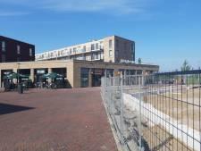 Mobiele hangplek moet overlast jeugd Arnhemse wijk Schuytgraaf inperken