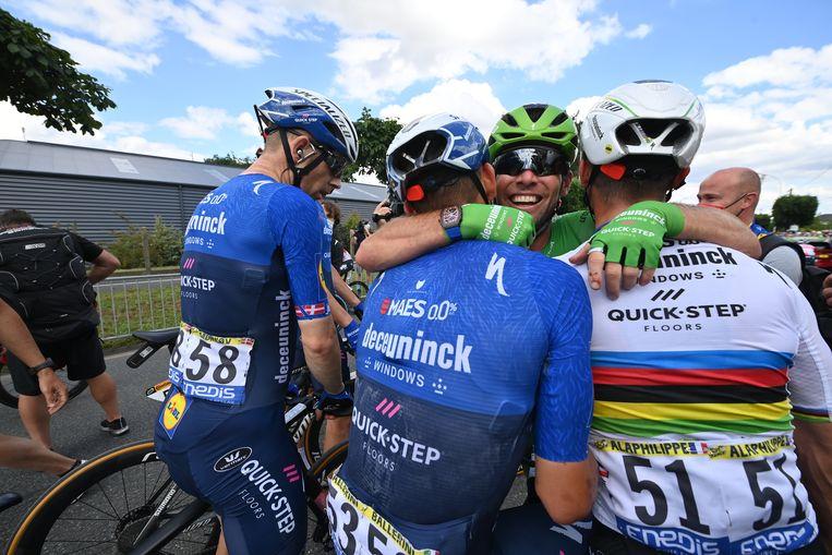 Mark Cavendish viert zijn overwinning Beeld BELGA
