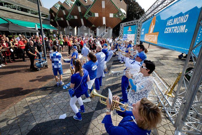 Blaasfestijn in centrum van Helmond