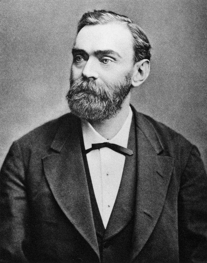 Alfred Nobel werd volgens biografe Ingrid Carlberg pas op latere leeftijd vredesactivist.