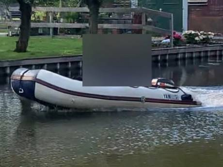Man ziet zijn eigen motorboot langsvaren in Woerden, twee jongens aangehouden voor diefstal