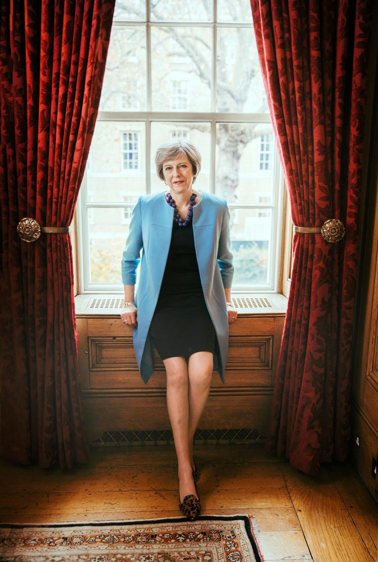 Theresa May op 10 Downing St. Beeld Austin Hargrave / News Syndicate