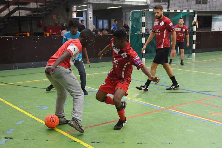 De stad en de politie organiseerden vandaag in de Rijschool een voetbaltornooi in samenwerking met verschillende jeugdwerkingen.