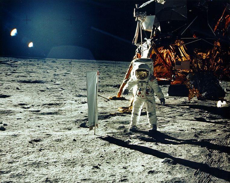Astronaut Buzz Aldrin is de tweede man op de maan. Aldrins collega Neil Armstrong, die op 21 juli 1969 deze foto nam, was de eerste. Beeld AFP