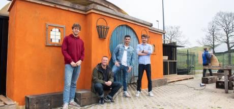 Oosters dorp verrijst op Breepark: nieuwe club Oostkust om te chillen, eten en dansen