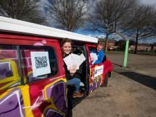 Een Tour langs jongeren in Wierden: 'Ze kunnen zo meepraten over wat ze willen'