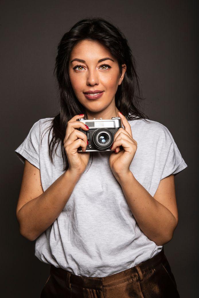 Zelfportret van Suzan Alberts.
