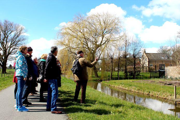 Ter illustratie. De Midden-Delfland Vereniging organiseert een maandelijkse serie wandeltochten door Midden-Delfland met een thema.