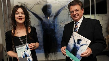 Jean Dewaerheid werkt drie jaar aan Engelstalige science fiction-roman 'Veritas'