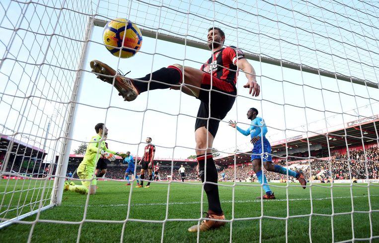 Toen zag het er nog goed uit voor Arsenal: Bellerin maakt er 0-1 van.