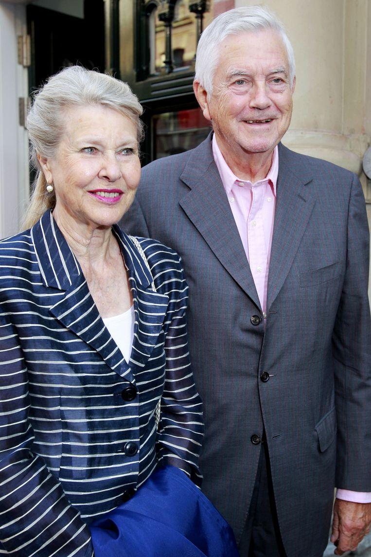 Frits Bolkestein (R) met zijn partner. Beeld