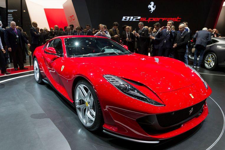 Van modellen met een V12-motor, zoals de 812 Superfast, reden er meer de fabriek uit.