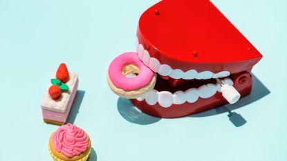 Citroenwater drinken en nog 6 andere dingen waarvan je tandarts wil dat je er onmiddellijk mee stopt