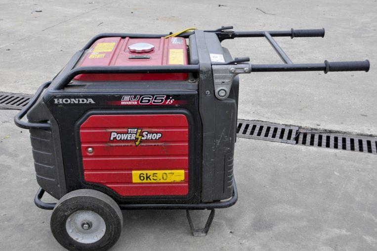 Een dieselgenerator om een gezinswoning van stroom te voorzien.