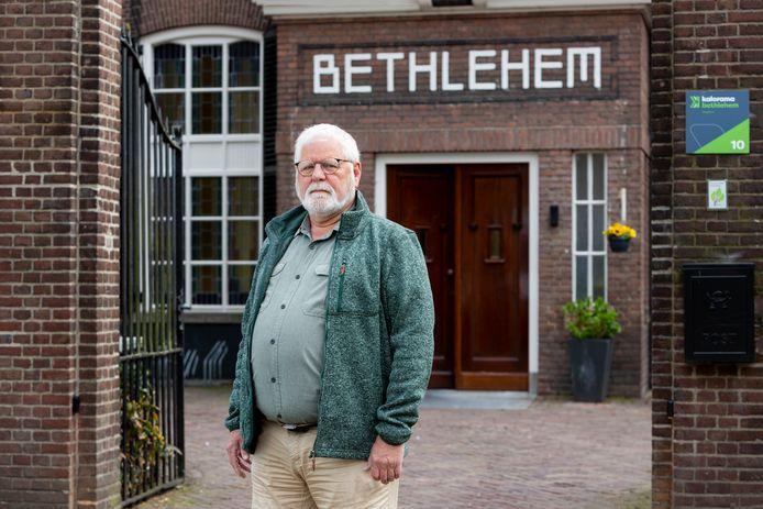 Wilbert Penninx bij Hospice Betlehem, waar hij vrijwilliger is.