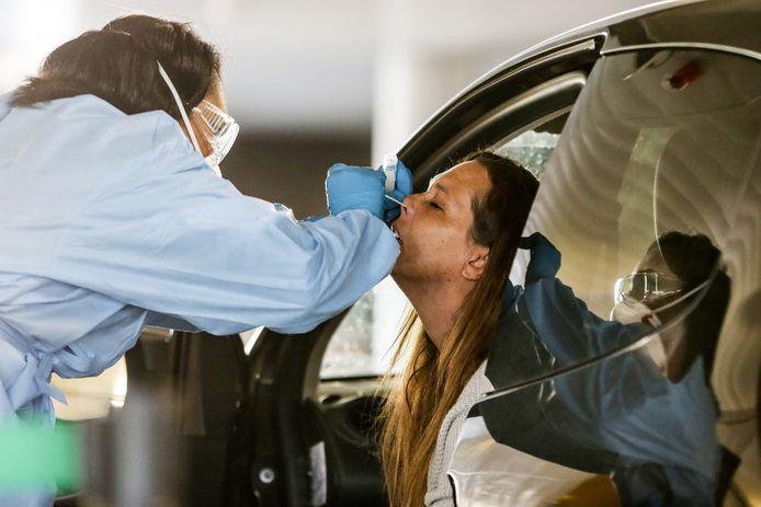 Mensen met verkoudheidsverschijnselen kunnen getest worden op het coronavirus.