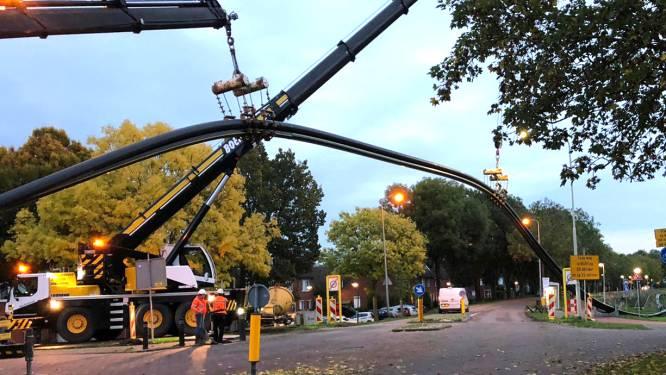 In Gorinchem gaat een paar honderd meter aan nieuwe kabels en leidingen de grond in en zo ziet dat eruit