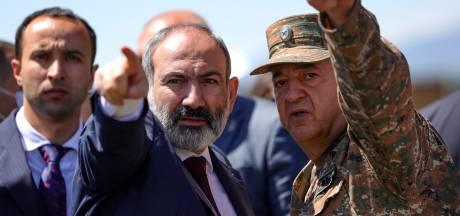 Azerbeidzjan draagt vijftien krijgsgevangenen over in ruil voor kaart met landmijnen