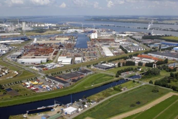 De haven van Moerdijk.