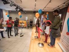 Eerste hulp bij taalvragen in Helmond: nooit te oud om Nederlands te leren