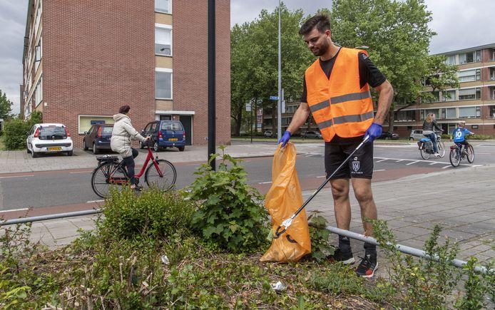 Zwerfafval wordt opgeruimd, foto ter illustratie. Foto door: Frans Nikkels