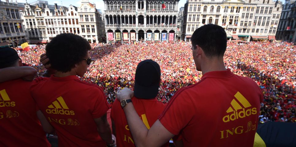 fotoreeks over Rode Duivels als helden ontvangen in Brussel