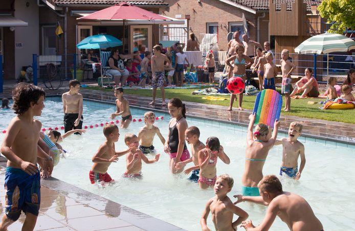 Het zwembad van speeltuin Tuindorp in Wageningen.