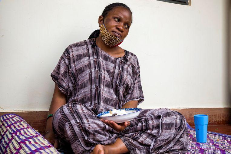 Zijn zwangere vriendin Desire Nampewo heeft begrip voor zijn actie. Beeld Katumba Badru Sultan