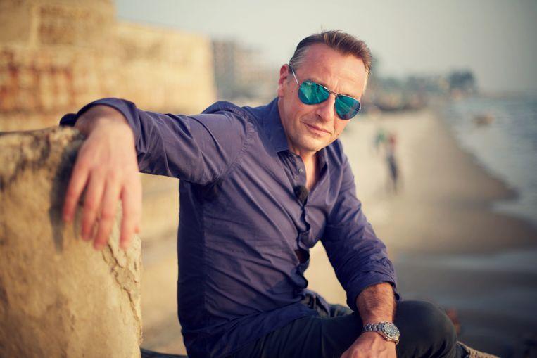 Een van de hoofdrollen in de Netflix-serie 'Undercover' is weggelegd voor Tom Waes. Beeld vrt