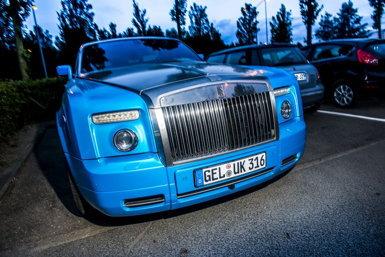 Voor wie het zich afvroeg: zo ziet een spuuglelijke Rolls-Royce eruit. Beeld Stefaan Temmerman