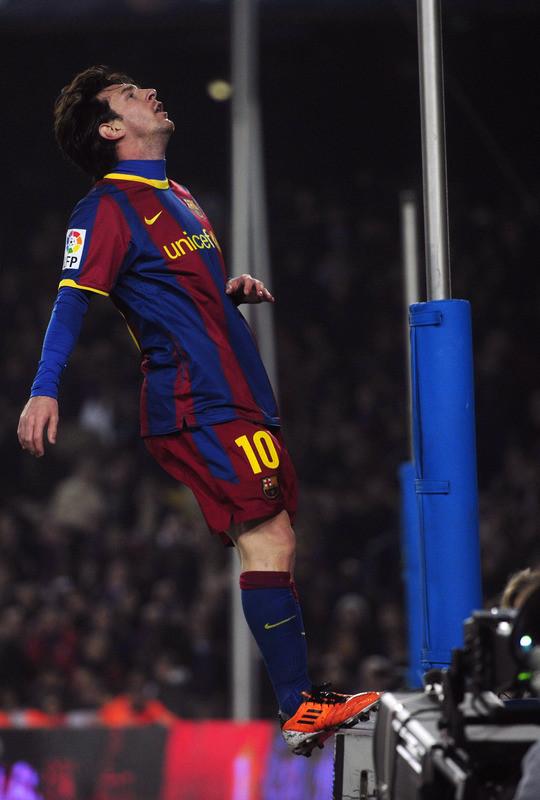 Messi Doet Ronaldo Drie Goals Cadeau Op Verjaardag Foto Ad Nl