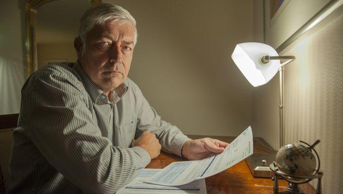 Bert van Leenen is 'not amused' over de achterstallige waterschapsbelasting die hij moet betalen.