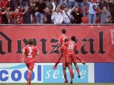 Pröpper schiet FC Twente in slotfase prachtig naar eerste zege