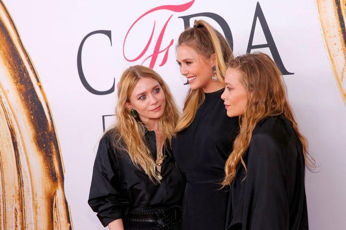 Ashley Olsen, Elizabeth Olsen (midden) en Mary-Kate Olsen.