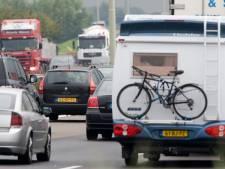 Vakantievierders van boven de rivieren veroorzaken files op Brabantse wegen