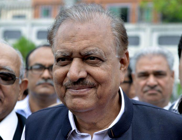 De Pakistaanse president  Mamnoon Hussain juicht de nieuwe fatwa toe.